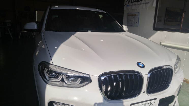 1e3e866d6c559 新車のBMW X3を購入しました❗ディーラーでそのまま付帯するのでなく、専門店でお願いするのが間違いないと思い迷わずミガックスさんにお願いしました❗